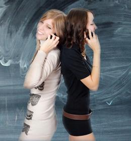 jongeren-mobiele-telefoon-socialmedia
